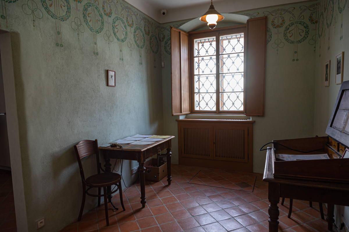 rabbi's home restored