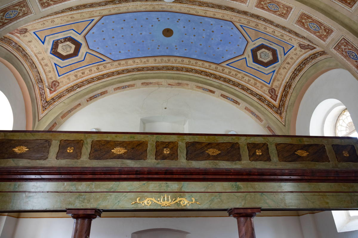 beautiful vaulted ceiling above