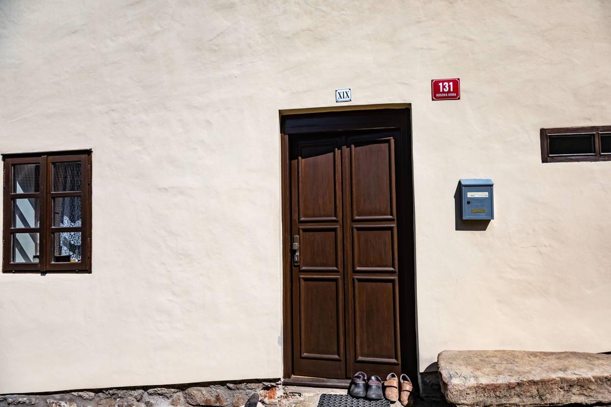 roman numerals memorialize original ghetto address. Owner is self-funding the restoration